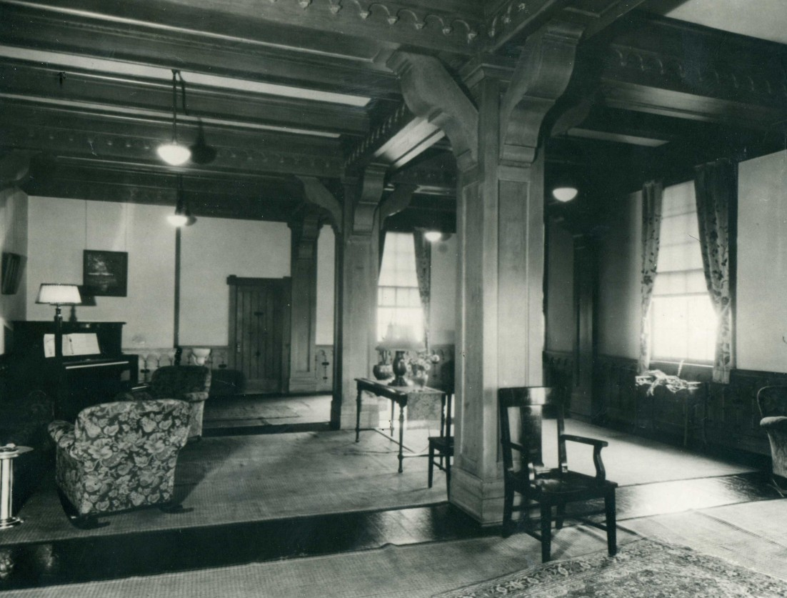 C1920 Camp Lewis Inn Music Room