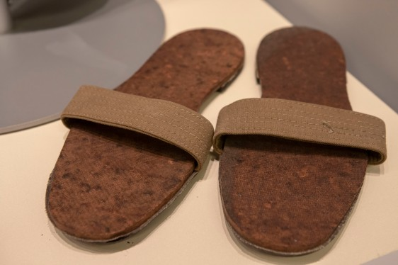 Japanese Army Barracks Sandals (LEW-11394)