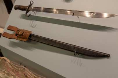 Japanese Army Bayonet and Scabbard, circa 1939 (LEW-11777 and 11778)